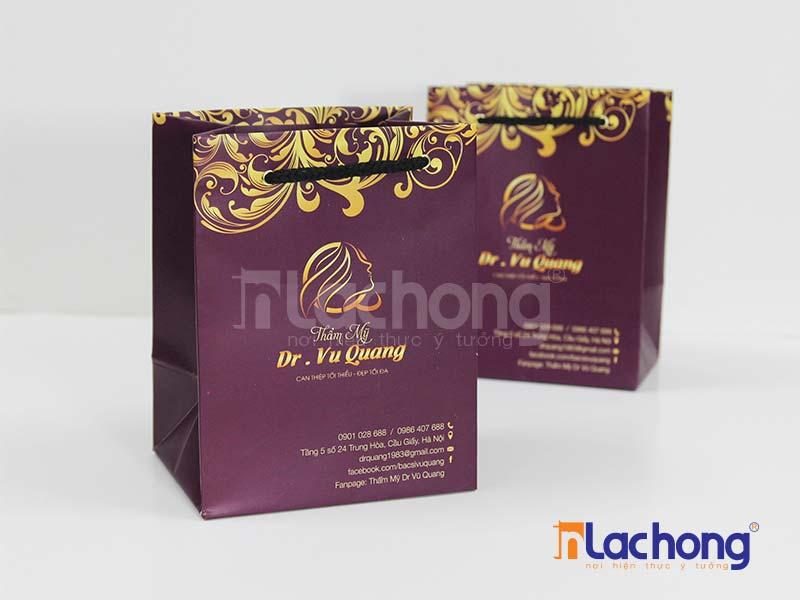 Túi giấy có quai đẹp cần có sự hài hòa giữa màu sắc của túi và dây quai