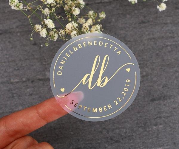In tem decal trong giúp bảo vệ sản phẩm của bạn bền, đẹp theo thời gian