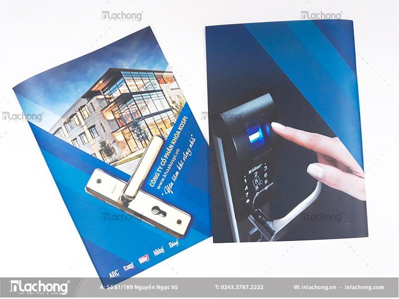 In catalogue quảng cáo sản phẩm khóa thông minh tại Lạc Hồng.