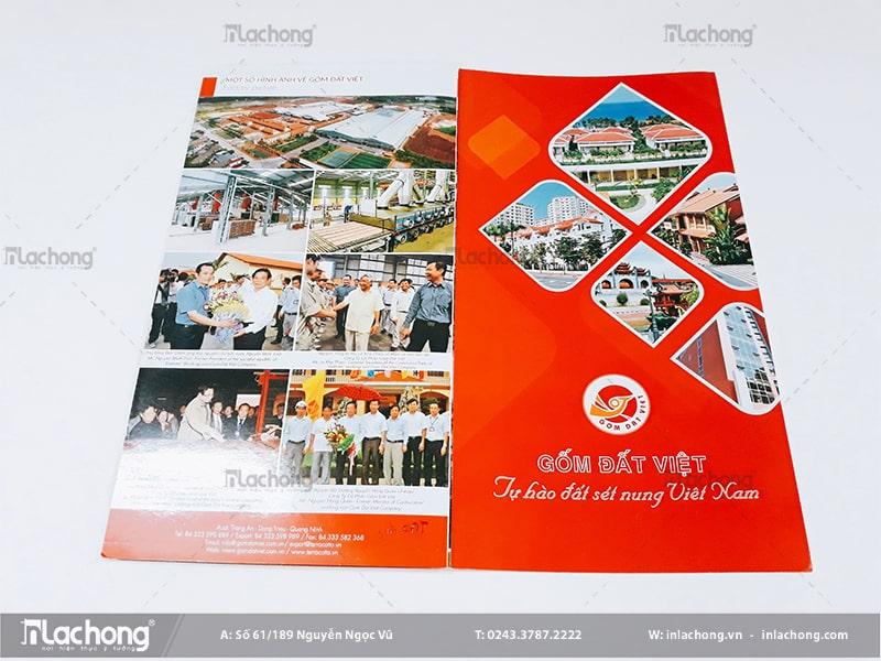 In catalogue quảng bá sản phẩm Gốm Đất Việt tại Lạc Hồng.