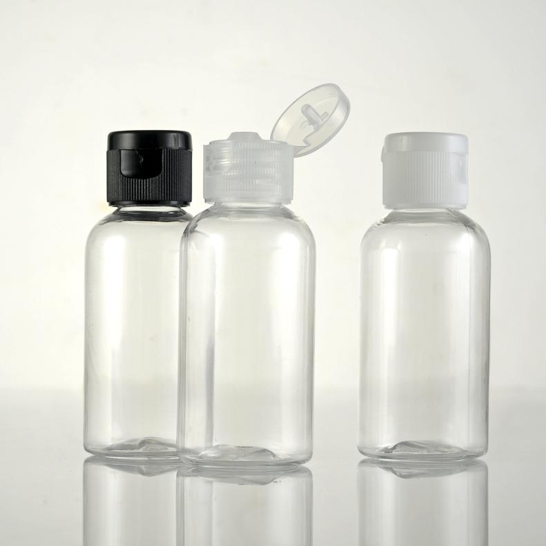 Chai nhựa nắp gập thường được dùng để đựng nước tẩy trang, có giá giao động từ 4.000-7.000/lọ.