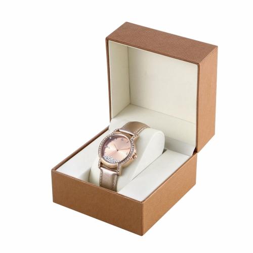 Những chiếc đồng hồ tinh tế phải được đựng trong những chiếc hộp xứng tầm.
