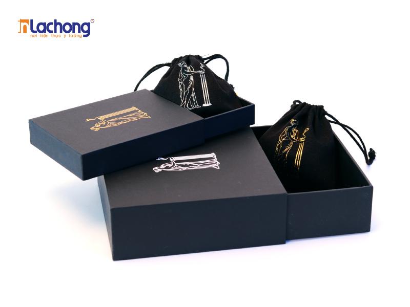 Các mẫu thiết kế hộp rút giúp lấy sản phẩm ra một cách dễ dàng hơn.