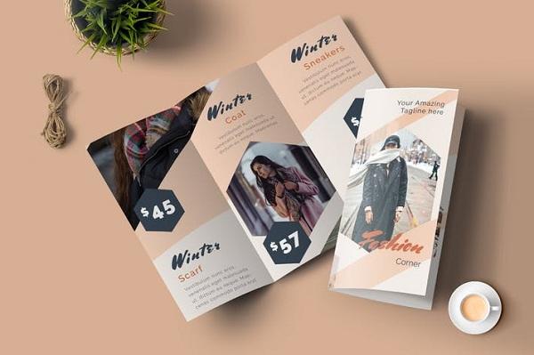 In brochure thời trang đẹp, kích thích thị giác khách hàng