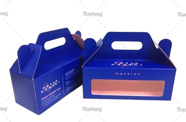 Hộp đựng bánh macaron có tay xách do Lạc Hồng sản xuất