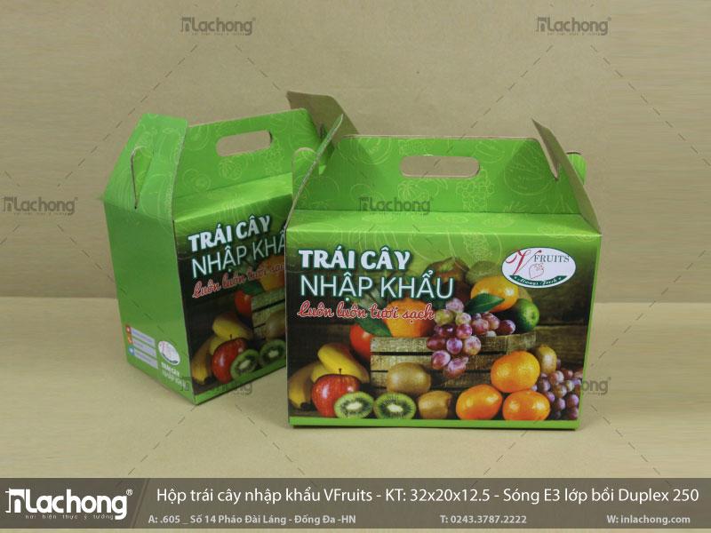 In hộp giấy đựng trái cây VFruits, chất liệu carton sóng nên có độ bền cao, dễ cầm khi di chuyển