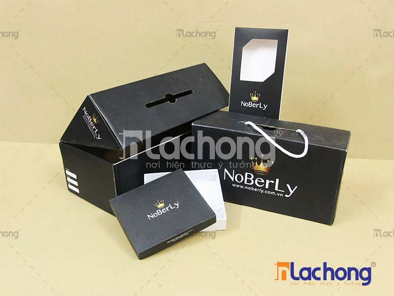 Gia công hộp giấy đựng giày NoBerLy bằng carton sóng