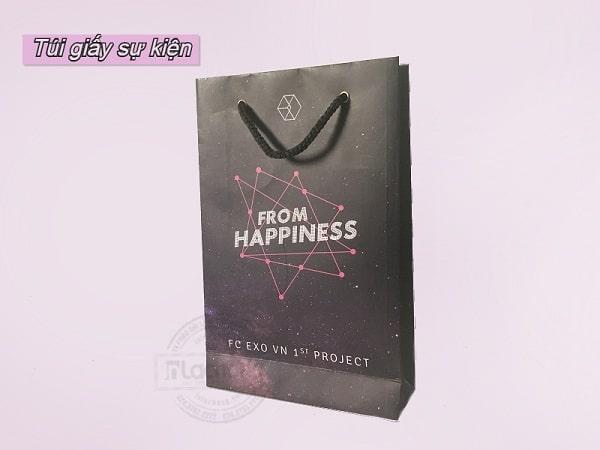 Túi giấy phục vụ cho sự kiện off fan EXO do Lạc Hồng sản xuất