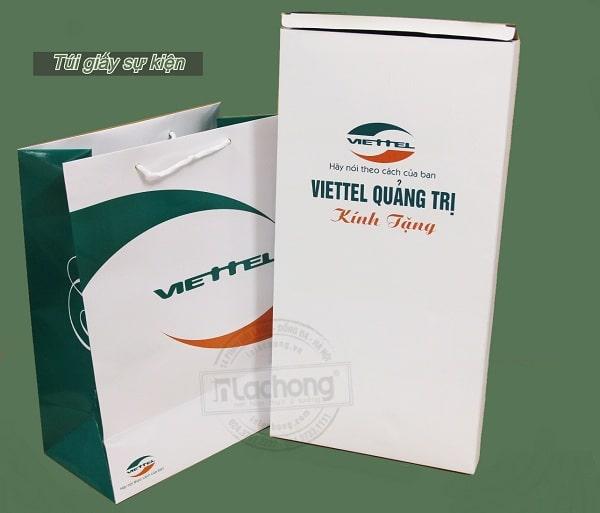 Túi giấy sự kiện do Lạc Hồng sản xuất luôn cam kết về chất lượng và được khách hàng tin dùng