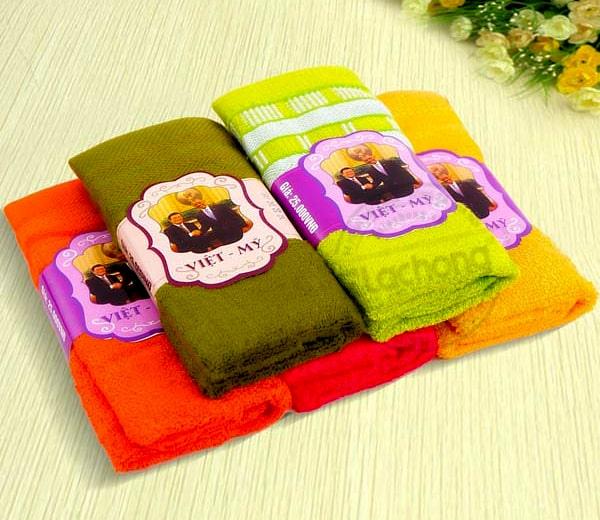 In tem cuộn khăn Việt - Mỹ
