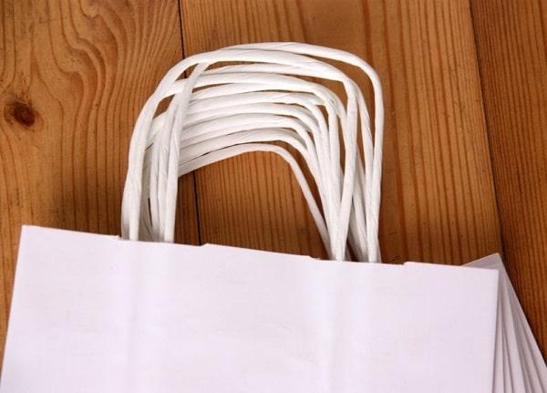 Mẫu dây túi Kraft tạo nên sự đồng bộ cho sản phẩm túi giấy