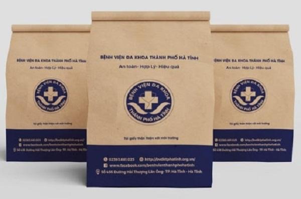 Túi giấy đựng thuốc tại bệnh viện đa khoa thành phố Hà Tĩnh