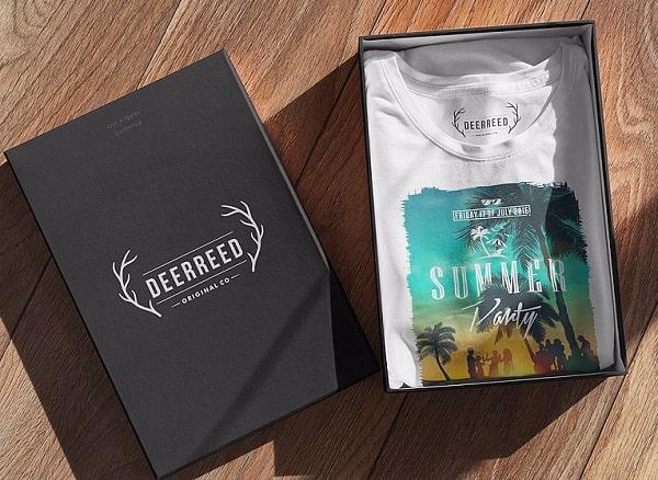 Thiết kế vỏ hộp đựng quần áo rất tối giản và thường chỉ có logo, địa chỉ trên bề mặt hộp